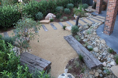 Australian native garden ideas native landscape design for Native plant garden designs