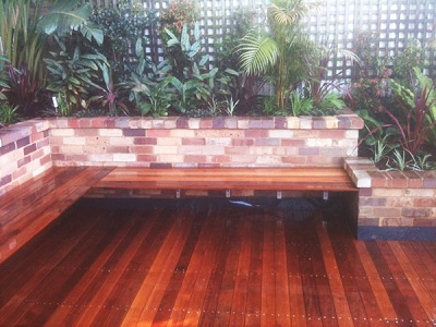 Tropical Courtyard Garden Timber Decking Design