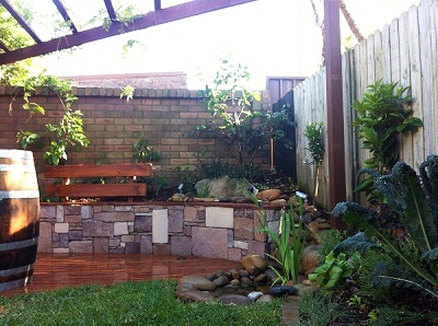 Landscaping work landscape gardener designs plans and for Courtyard garden designs australia