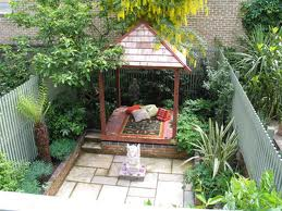 Balinese garden landscape design ideas balinese landscaping plans a balinese pavilion or hut will very quickly give your garden a balinese look these huts are readily available in diy kits that are simple to put together workwithnaturefo