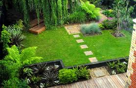 Bon Winding, Flowing Pathways Also Add A Sense Of Intrigue To Any Garden. By  Using Soft Curved Lines In Your Small Garden, You Blur The Perception Of  The Space ...
