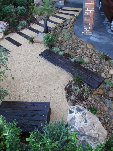 Before and after garden photos landscaping before and after for Front garden ideas australia