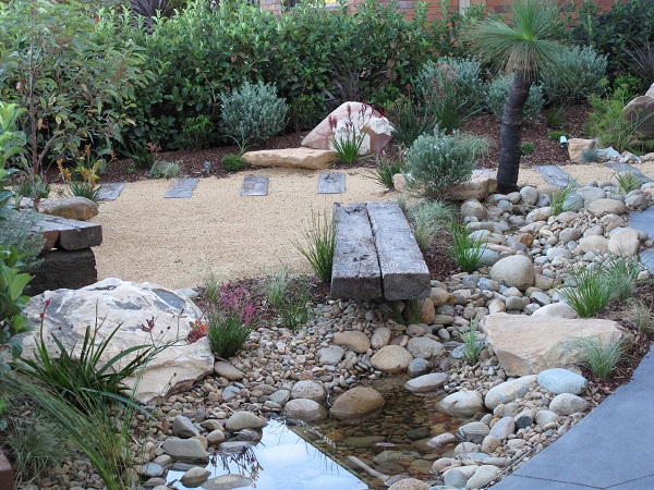 Before and after garden photos landscaping before and after for Landscaping rocks adelaide